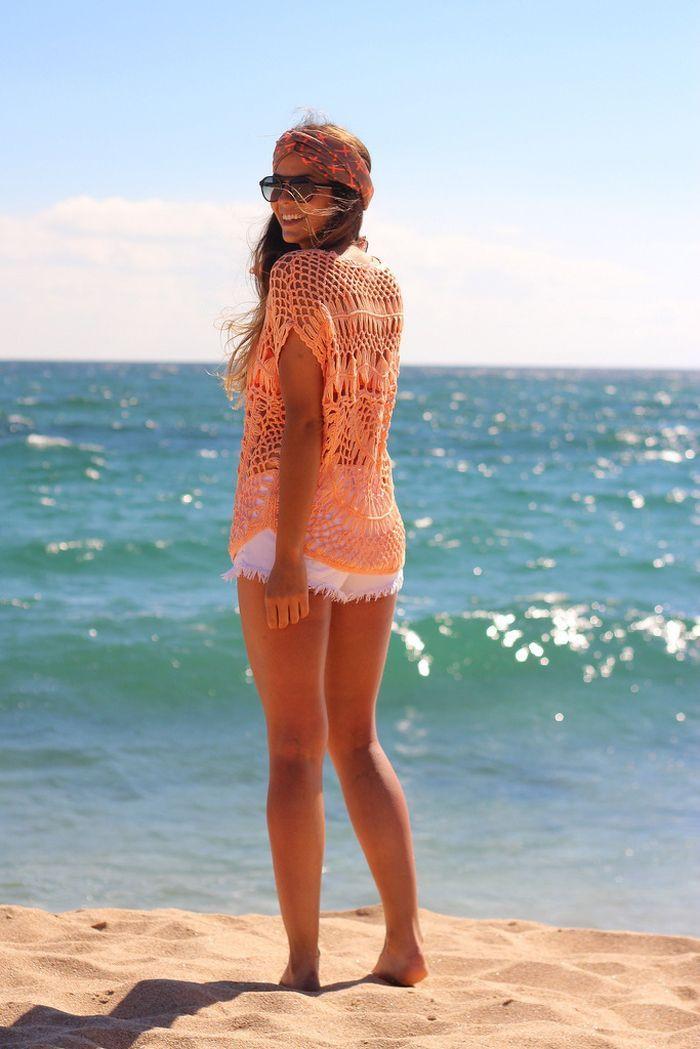 Un turbante para la playa es una buena opción si tu pelo se pone muy rebelde
