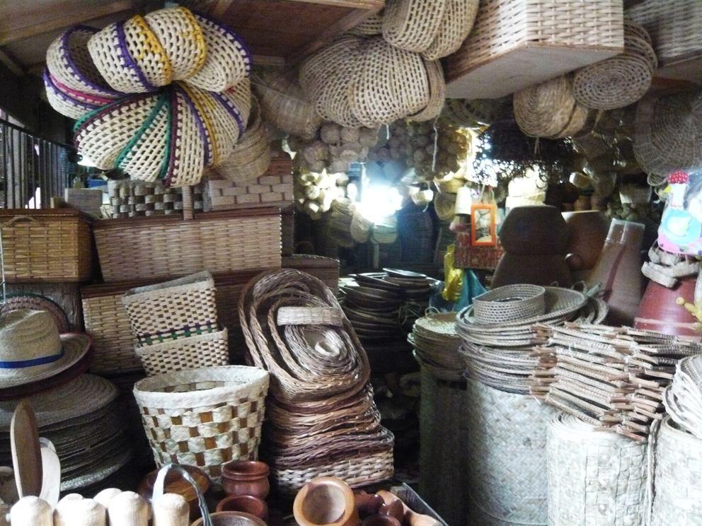 Cestas (baskets). Feira de São Joaquim. Salvador 507df1a3d65