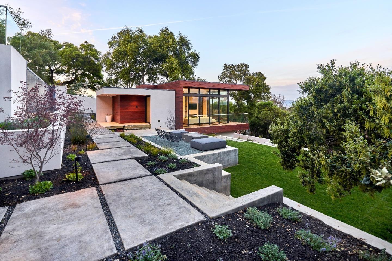 10718 Mora Dr Los Altos Hills Ca 94024 For Sale Mls Ml81646641 Mlslistings California Real Estate Estate Homes Los Altos Hills