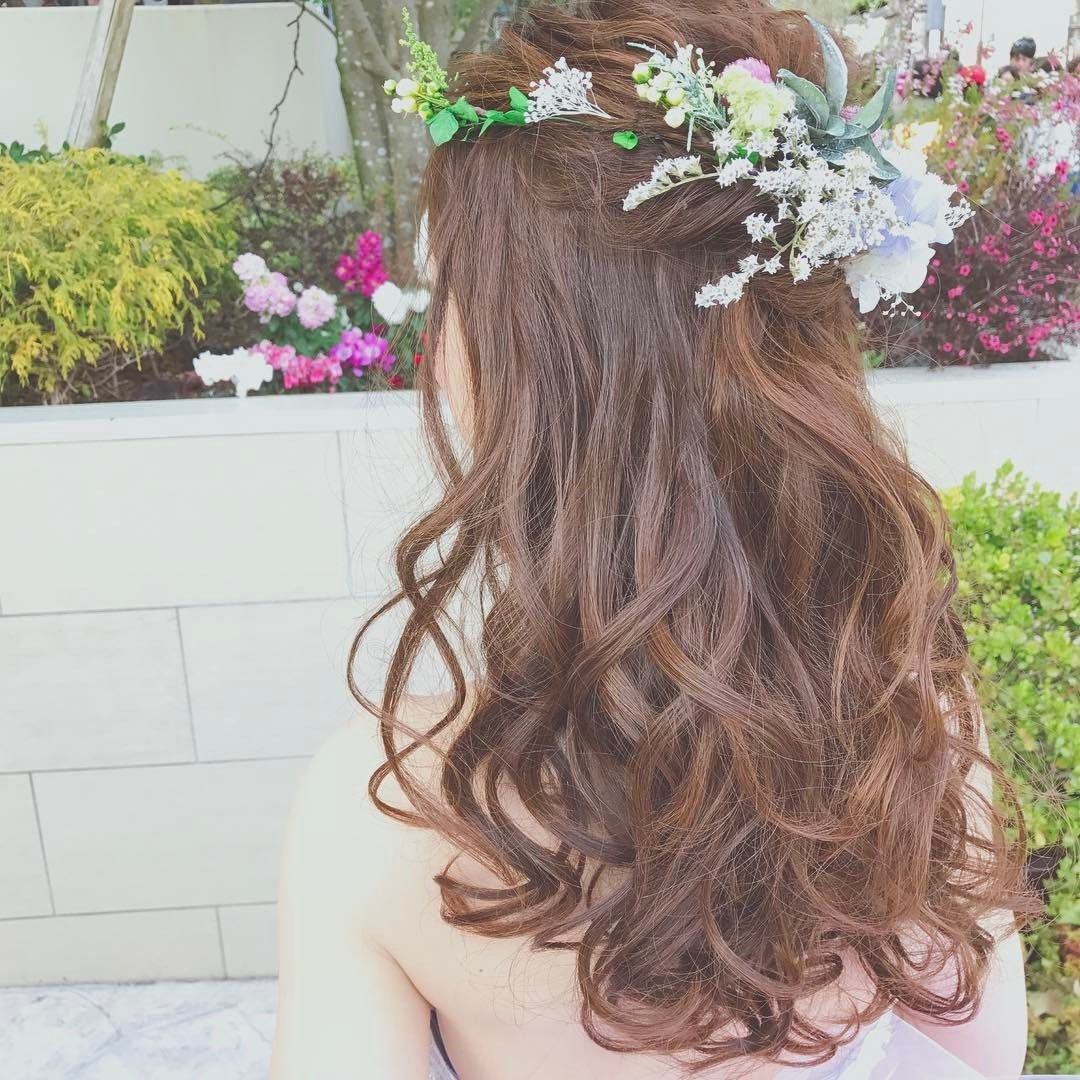 人気のブライダルヘア ハーフアップの飾り付けアレンジ7選 Marry