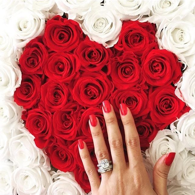 Nothing Says I Love You Like Our Heart Shaped Bed Of Roses The Diamond Ring Doesn T Hurt Either Rose Pretty Roses Luxury Flowers