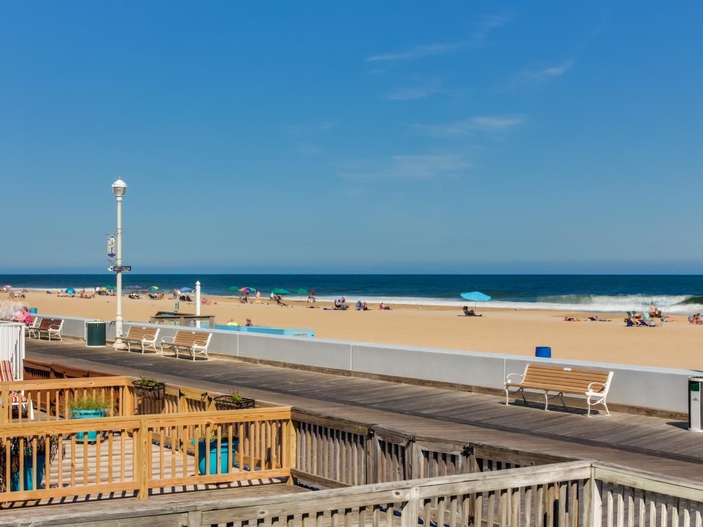 480 00 Pp House Vacation Rental In Perfect Directly On Ocean And Next To Pier Ocean City Md Us Beachfront Rentals Ocean City