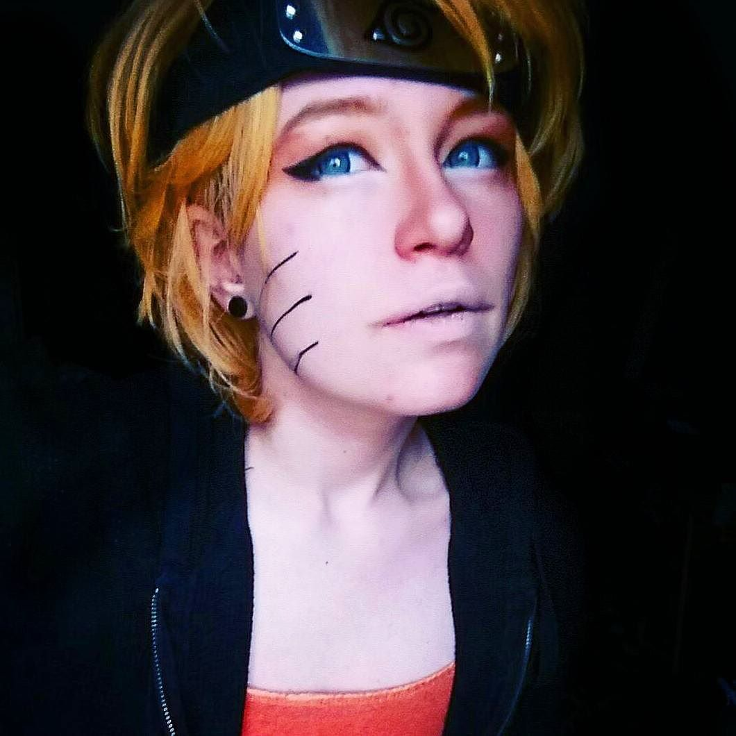 My CLOSET cosplay of naruto lol remeber this was me just grabbing the only blond wig u had and clothes and seeing if it worked haha also i made a few mistkes with the makeup but this was purly for fun not for quality. it was requested ALOT back when i did my poll. BUT I NEED HELP. Ok so like ive been having an issue latley maybe my other cosplay firneds might have some suggestions. I take pride in the eyeshadow effects i do with my characters but for some damn reason the eyeshadow BARLEY…