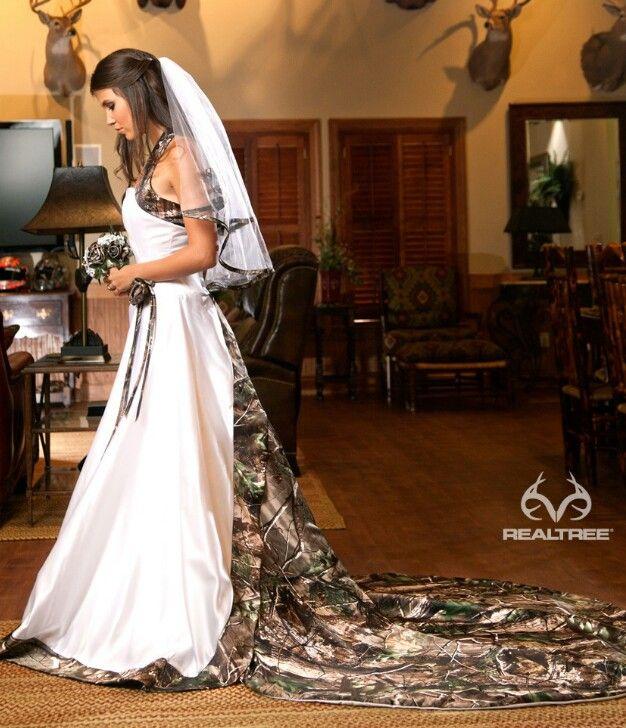 Camo Outdoor Wedding Ideas: Beautiful Camo Wedding Dress!