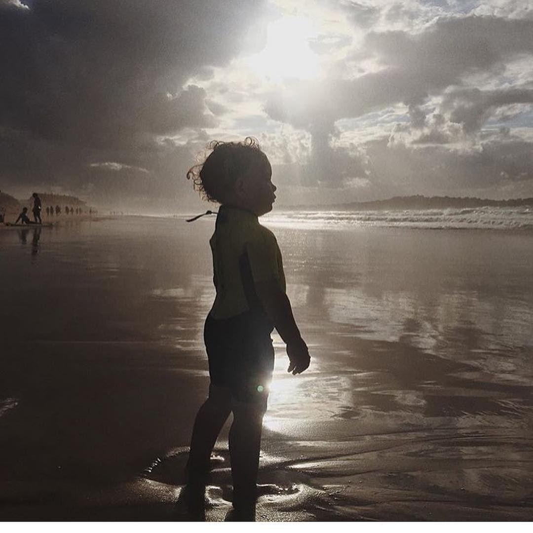 Jugando con la luz #conmiradademadre de @nastya_r_b destacada por @evixdealba