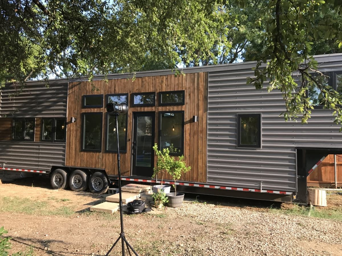 Extra Large 29sf Tiny Home - Tiny House for Sale in Colleyville