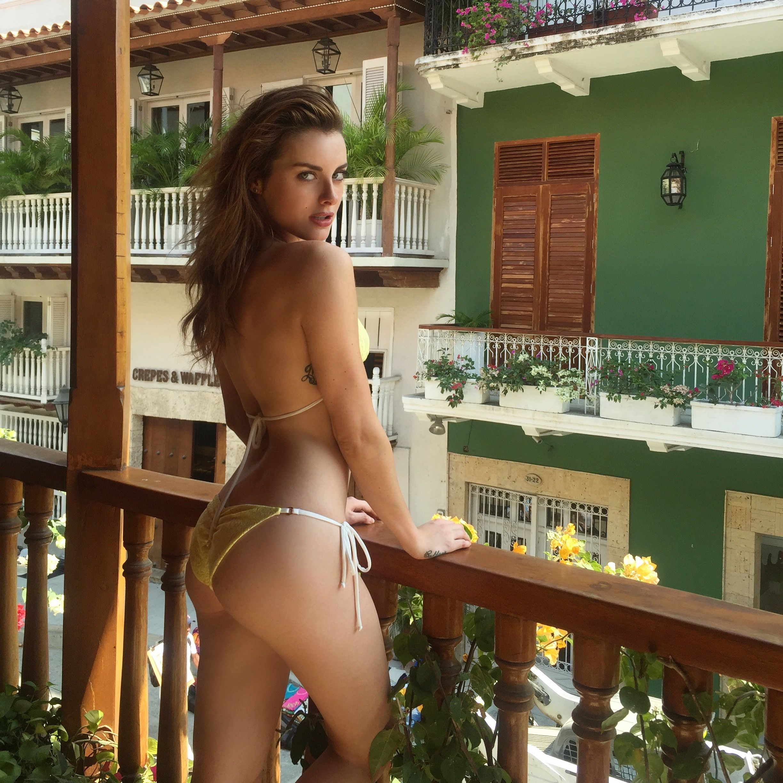 Hot Diana Georgie nude (24 photos), Topless, Hot, Twitter, braless 2017