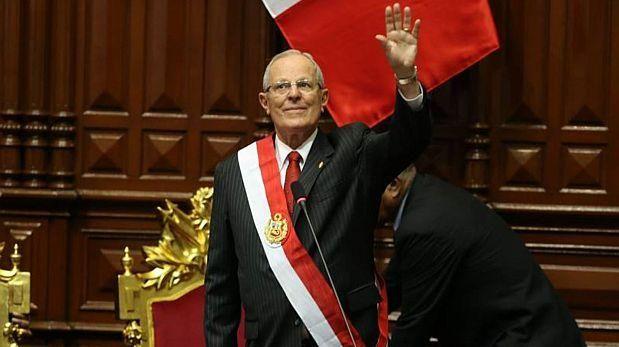 PPK recibe banda y jura como nuevo presidente del Perú [VIDEO]