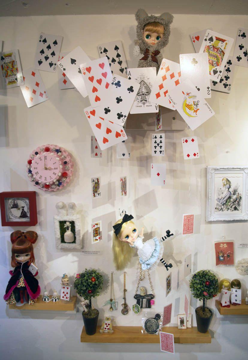 Junko Wong: Wonderful Alice Exhibition at Junie Moon Part 1