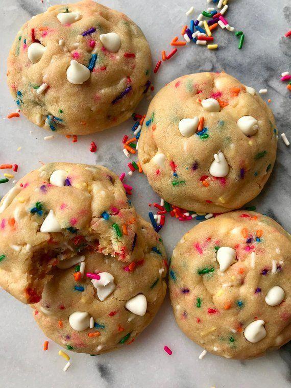Funfetti Cake Batter Cookies - Half Dozen Cookies #cakecookies