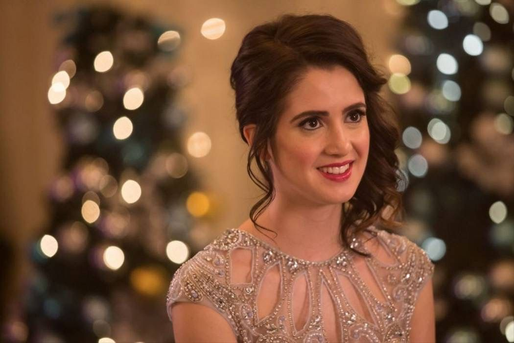 Pin By Rose Shields On Best Of The Movies In 2020 A Cinderella Story Laura Marano Cinderella