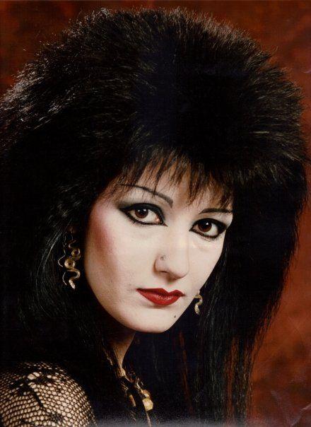 80s goth. styles of dress