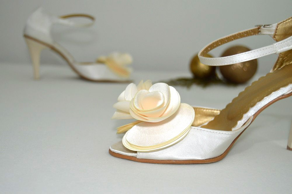 Svatební sandálky ivory. Svadobné sandálky smotanové - ivory   ecru- podľa  návrhu klientky. 0de4b93c75