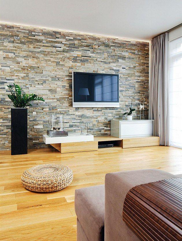 Fotogalerie: Třívrstvá dubová podlaha sjednotila otevřený prostor přízemí.