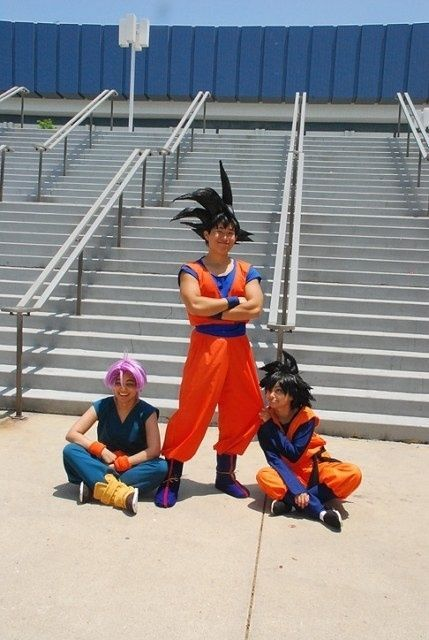 Goku Trunks og Goten Cosplay.