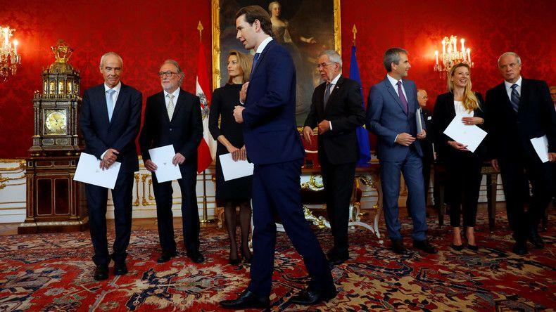 Osterreich Neue Minister Fur Die Ubergangsregierung Vereidigt