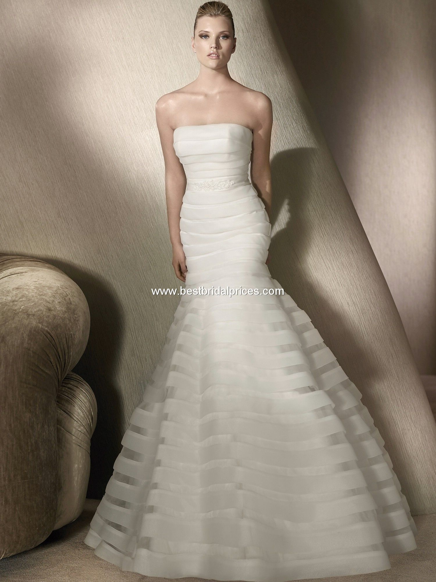 Trumpet style wedding dresses  Pin by Charlee Dill on All Dressed Up  Pinterest  Paths
