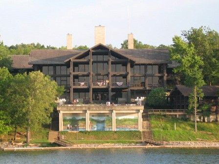lake barkley state resort park another view of the lodge. Black Bedroom Furniture Sets. Home Design Ideas
