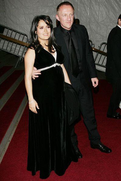 2fad4585478 Salma Hayek - The Best Red Carpet Maternity Style - Photos ...