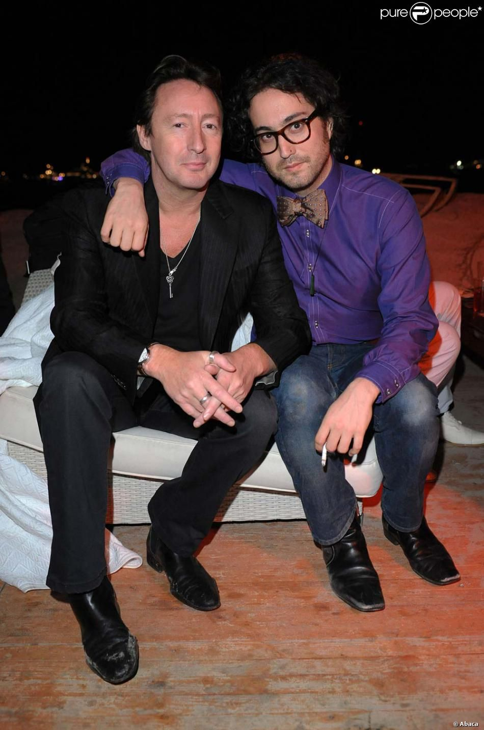 Julian Lennon With His Half Brother Sean Lennon Click On Pic To See A Full Screen Pic In A Better Looking Blac Sean Lennon John Lennon Beatles Beatles Kids