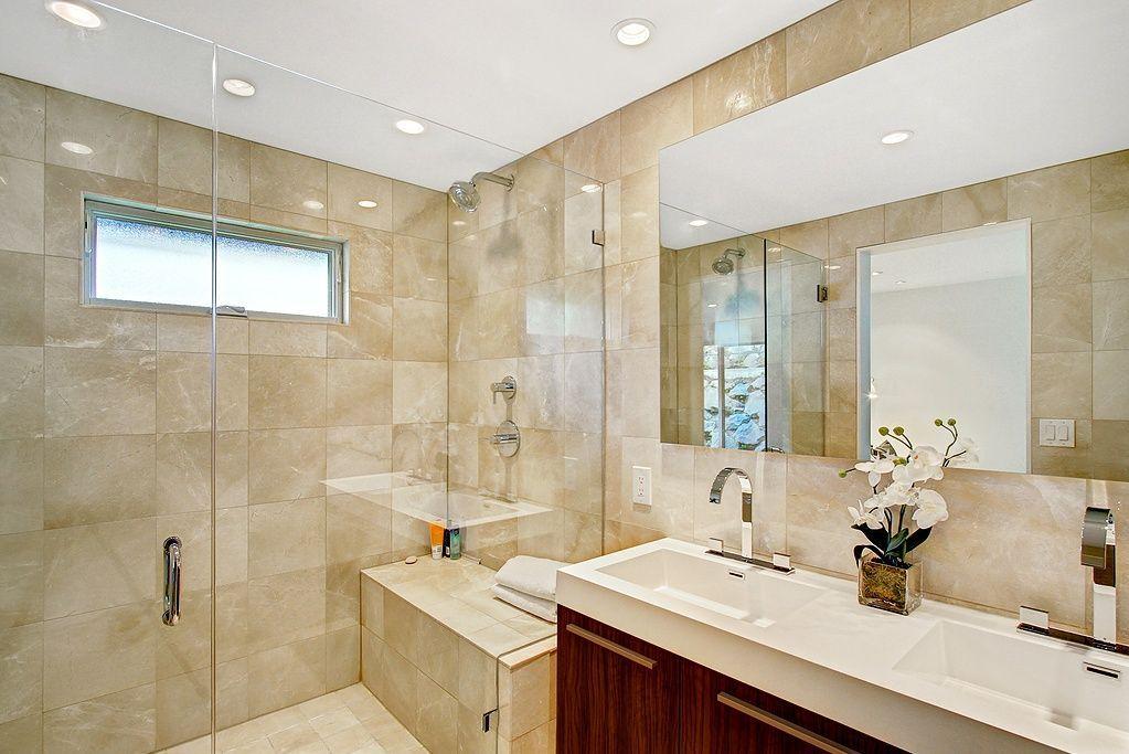 Bathroom tile trends 2013 2013 s hottest bathroom trends for Master bath trends
