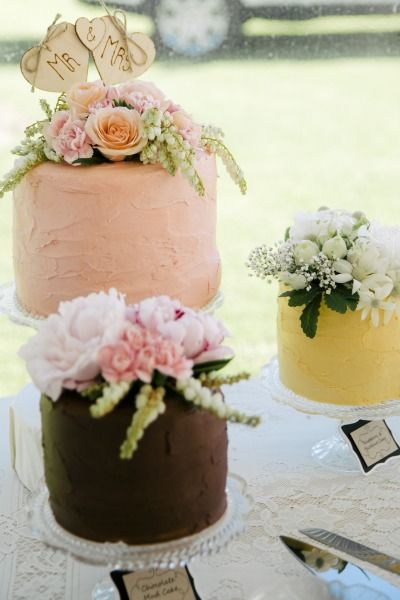 Wedding cakes a plenty: http://www.stylemepretty.com/australia-weddings/western-australia-au/2015/02/17/rustic-elegant-wedding-at-old-broadwater-farm/ | Photography: Emma Pointon - http://www.photographybyemmapointon.com.au/
