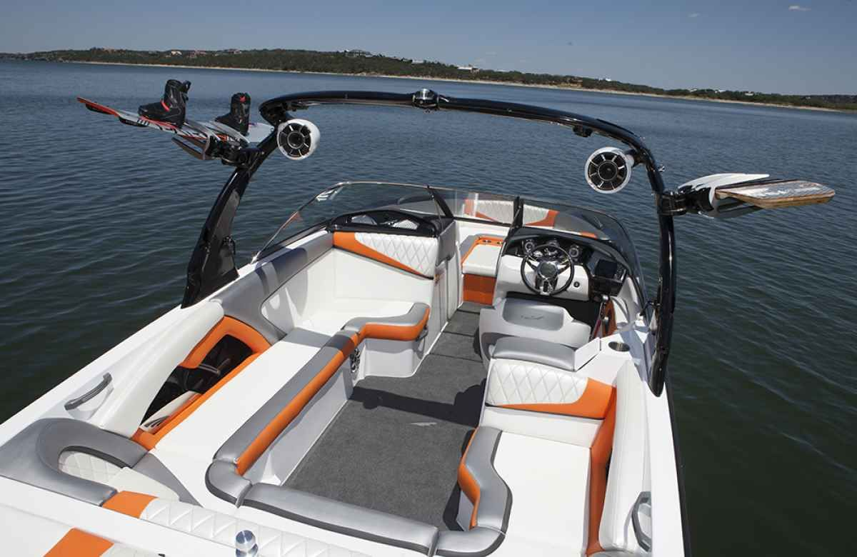 2015 tige boat interior images - Google Search Boat Upholstery, Wakeboard  Boats, Boat Interior