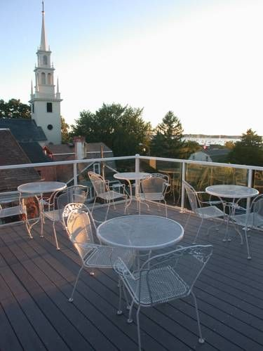Pilgrim House Inn Newport (Rhode Island) This old-world bed and