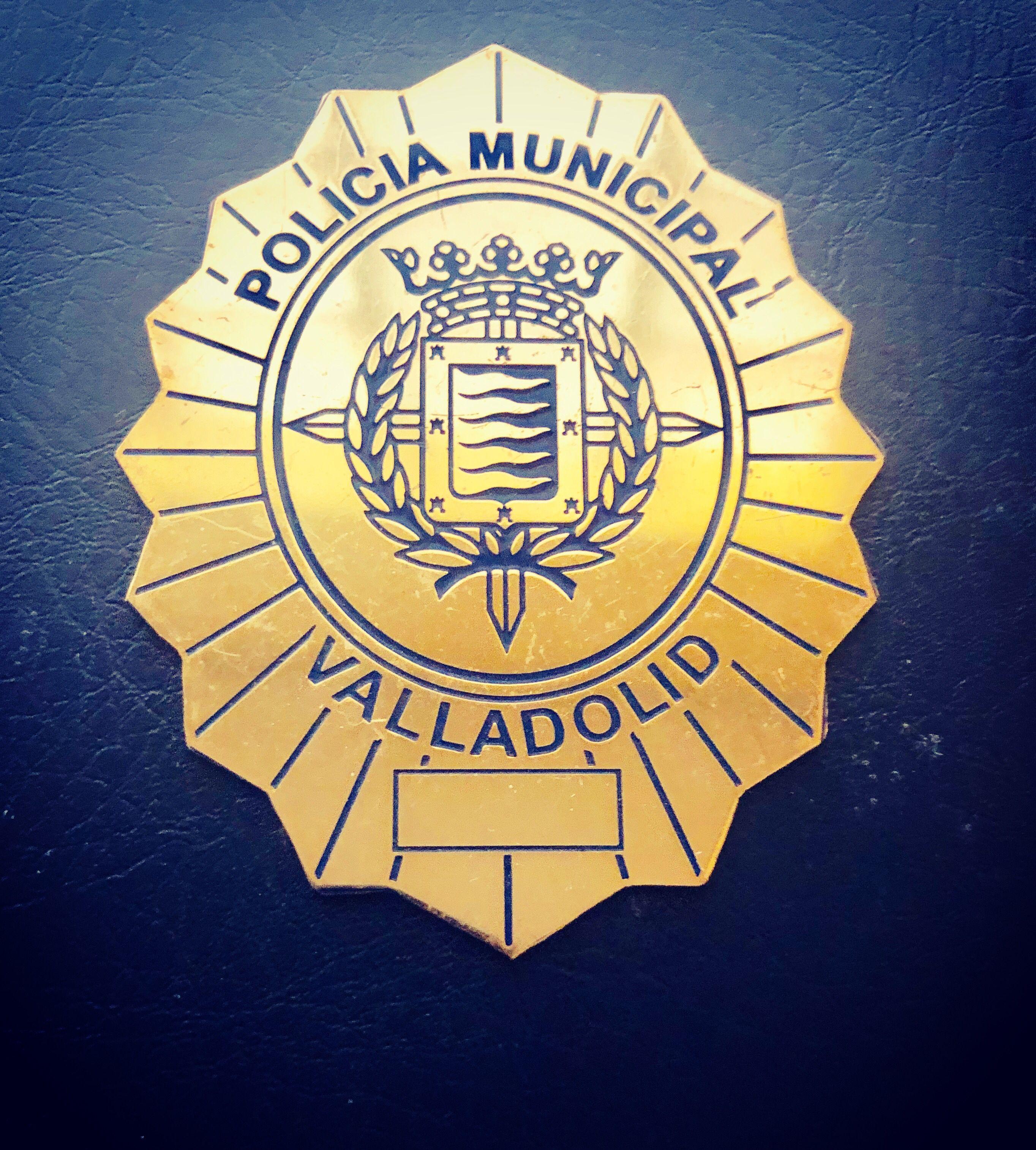 Placa Policía Valladolid Police Foriegn Personalized Items