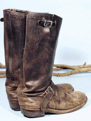 f948e94721b Well Worn Old Boots Botas De Cowboy Velhas
