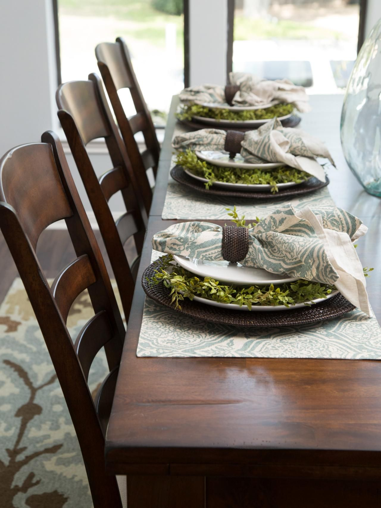 fixer upper a rush to renovate an 80s ranch home - Dining Room Table Settings