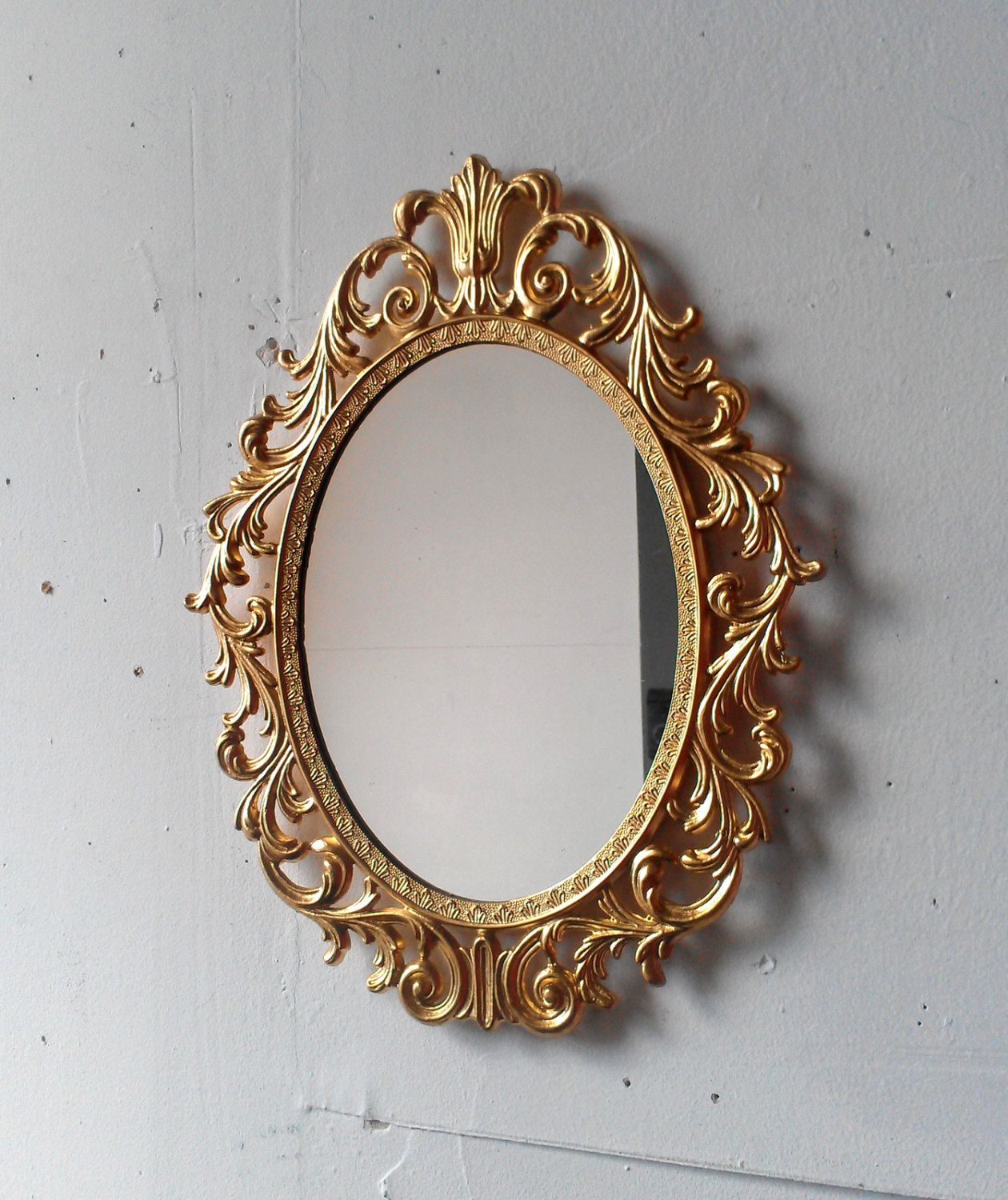 Fairy Princess Mirror Ornate Vintage Frame In Shiny Gold Etsy Vintage Gold Mirror Vintage Brass Frame Gold Ornate Mirror