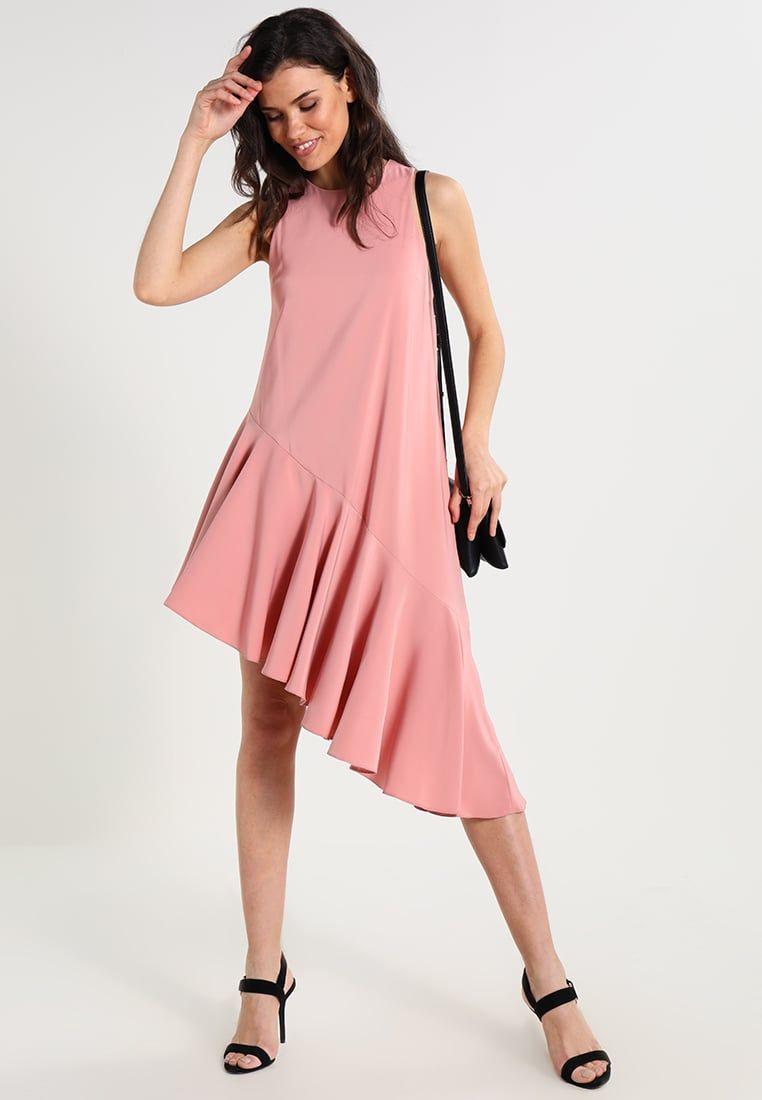 Consigue este tipo de vestido informal de Topshop ahora! Haz clic ...