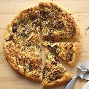 Leek Mushroom and Pesto Pizza