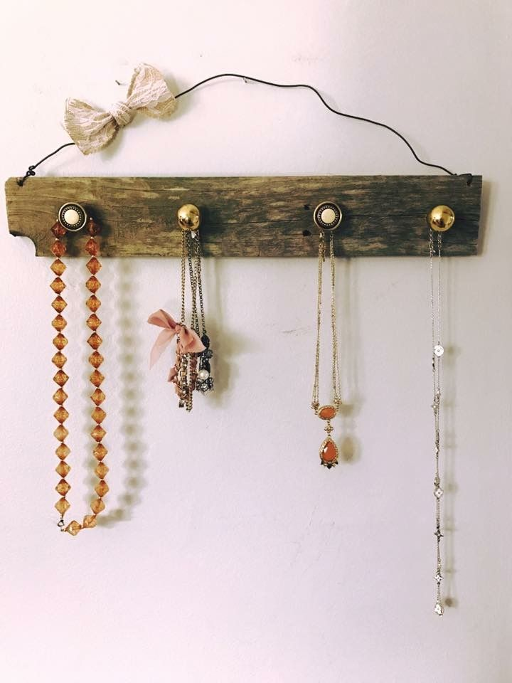 Rustic jewelry holder