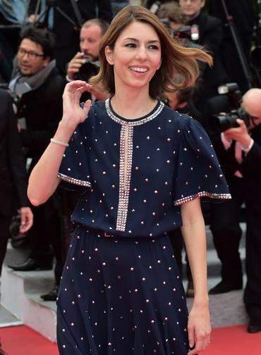 Integrante do júri, a diretora Sofia Coppola veio com um vestido estampado Foto: BERTRAND LANGLOIS / AFP