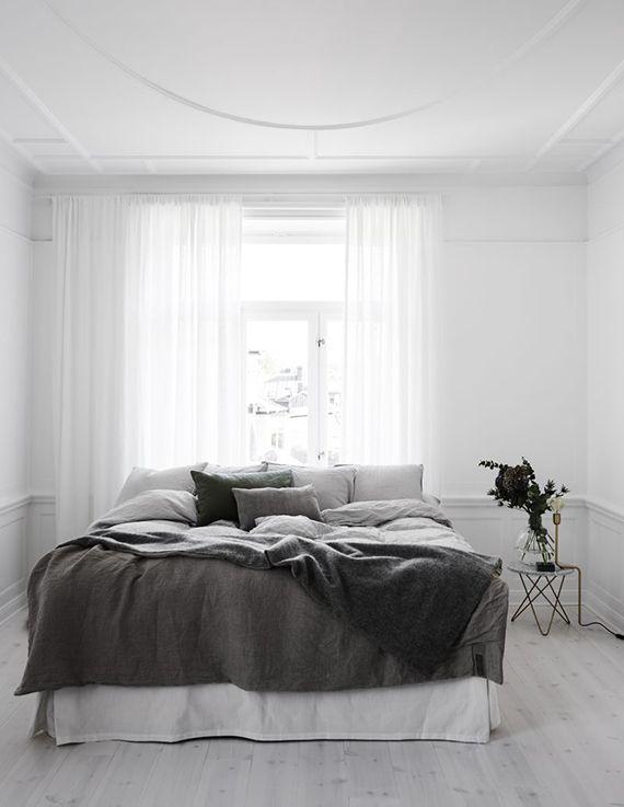 Black And White Scandinavian Bedrooms Bedroom Interior Minimalist Bedroom Bedroom Design