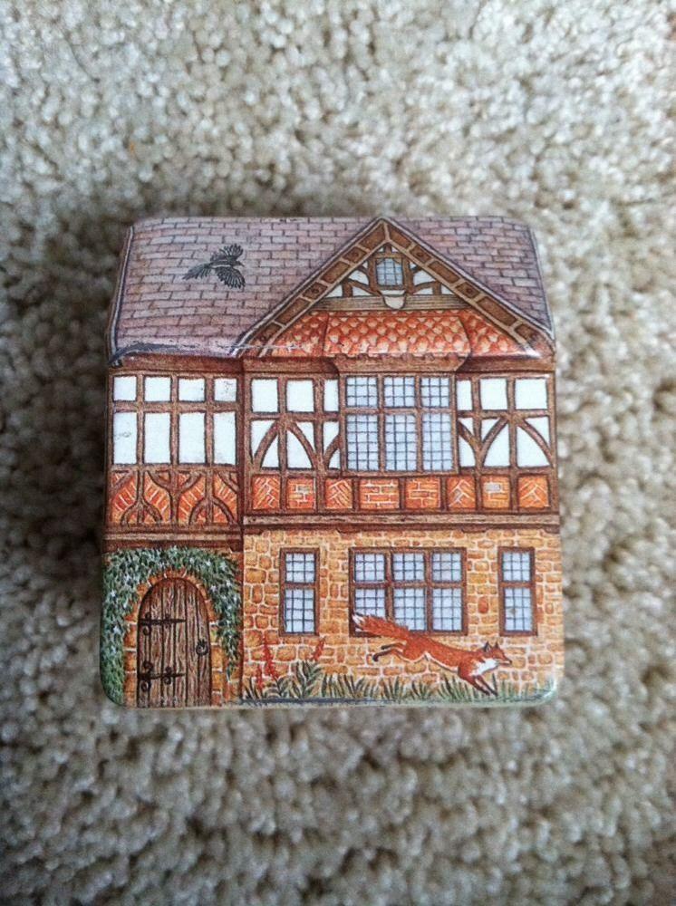 Country House Tin house, Tin, Tin boxes