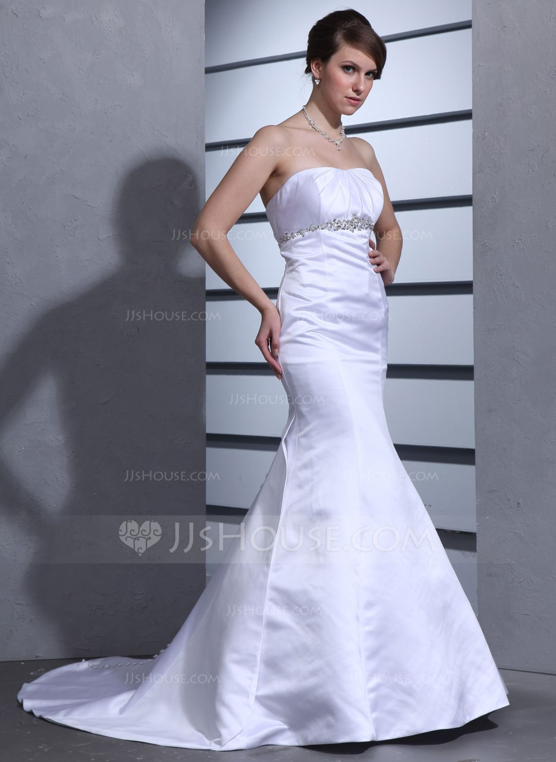 Trumpetmermaid sweetheart court train satin wedding dress with