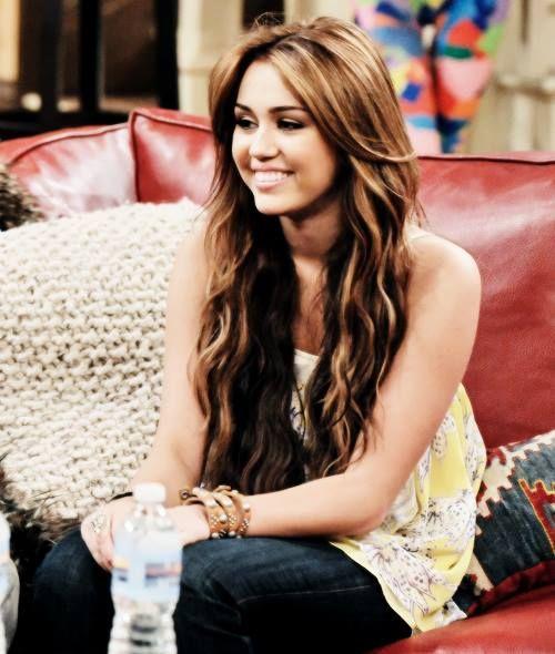 Love Her Hair Color Miley Cyrus Hair Old Miley Cyrus Long Hair Styles