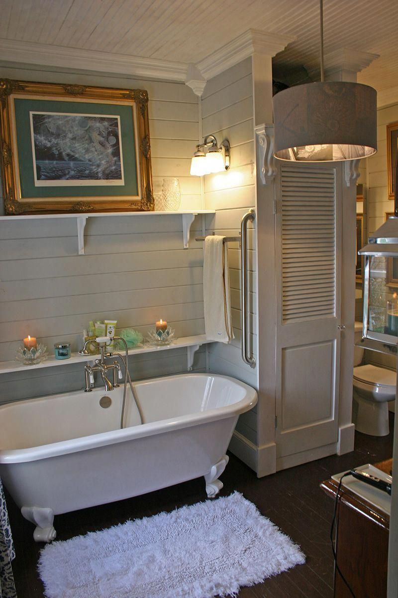 People Try To Find The Best Small Bathroom Ideas For Their Tiny Solution