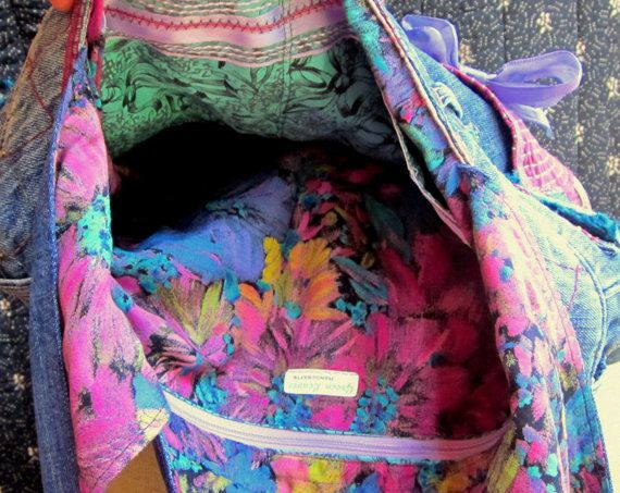 Handmade Upcycled Denim Messanger Bag Purse by GreenLeavesBoutique