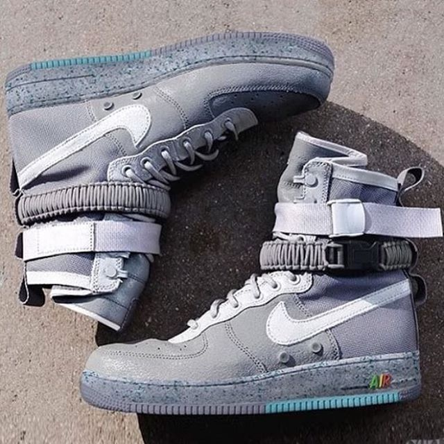 nike scarpe sportive special field air force 1 mid per uomo