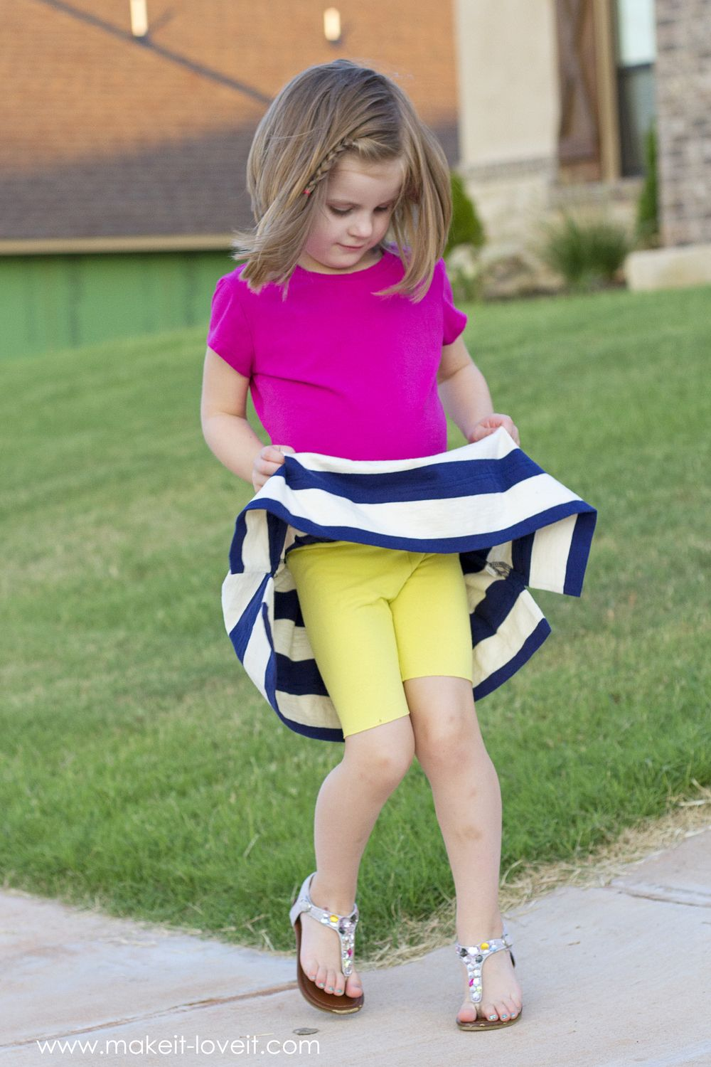 Back-to-School Skirt with Attached Shorts (...the CHEATER method). Keep  your little girls covered whil…   Little girl skirts, Baby girl dress  patterns, School skirt