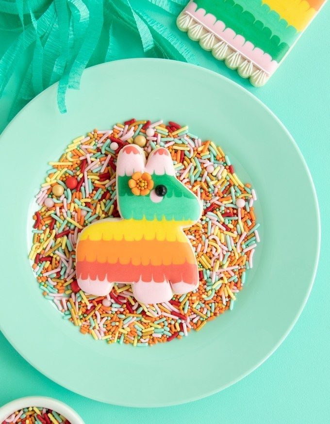 Pinata Cookies Tutorial + Pinata Cutter Download | Cookies
