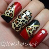 Photo of She was living on the edge of a knife by Glowstars  Nail Art Gallery nailartgal