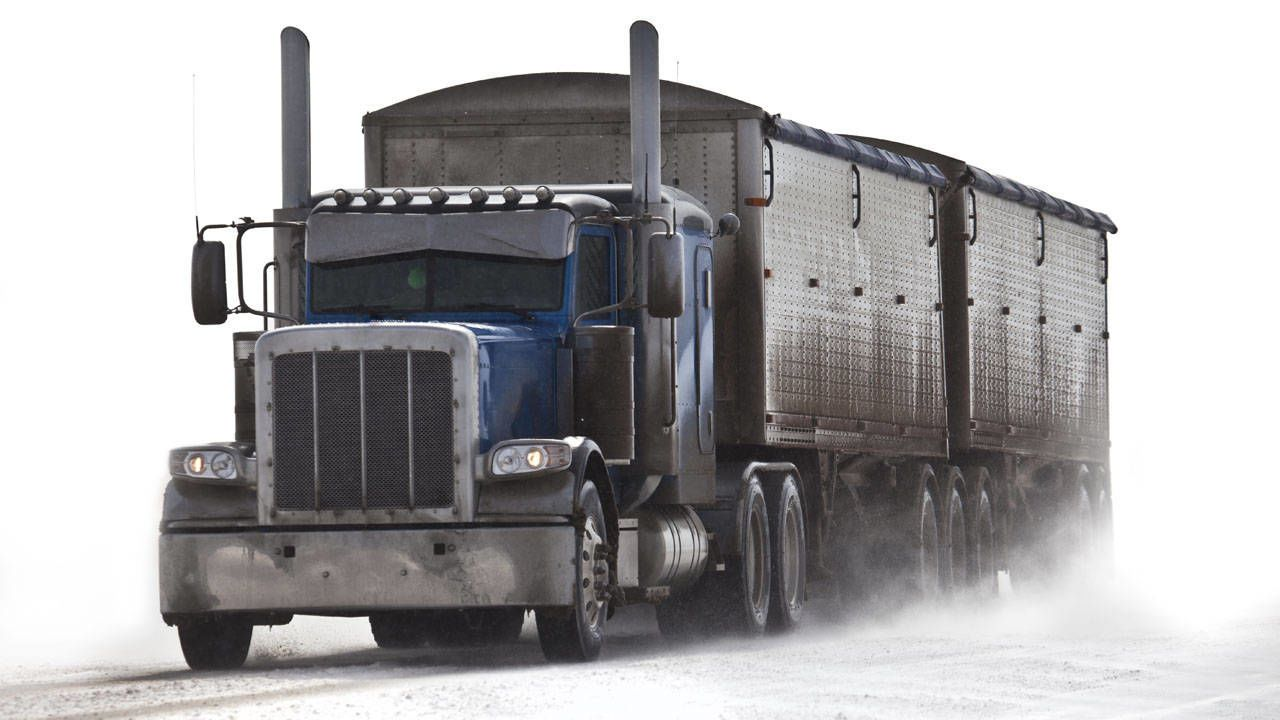 Winter safety tips for truck drivers - Winter Driving Tips From An Experienced Truck Driver Learn How To Stay Safe On Snow
