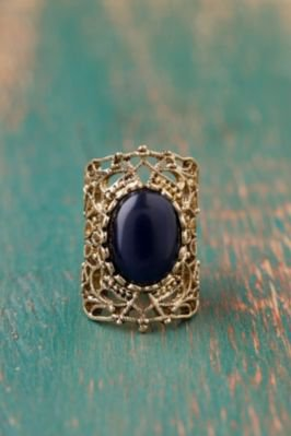 #Free People              #ring                     #Copolla #Crest #Ring     Copolla Crest Ring                                  http://www.seapai.com/product.aspx?PID=1569329
