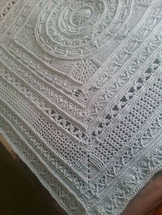 14 Free Pattern Crochet Blankets for you to do #crochetmandalapattern