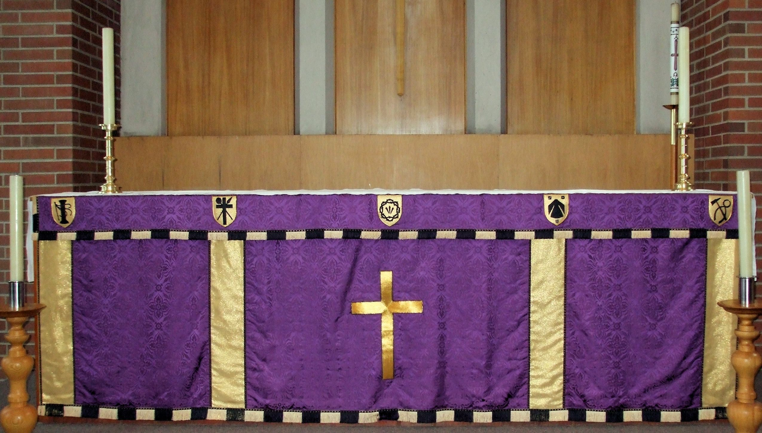 St andrews altar 4 church altar in anglican church set up for st andrews altar 4 church altar in anglican church set up for lent with purple and gold altar cloth altar cloth has symbols of the crucifixion biocorpaavc